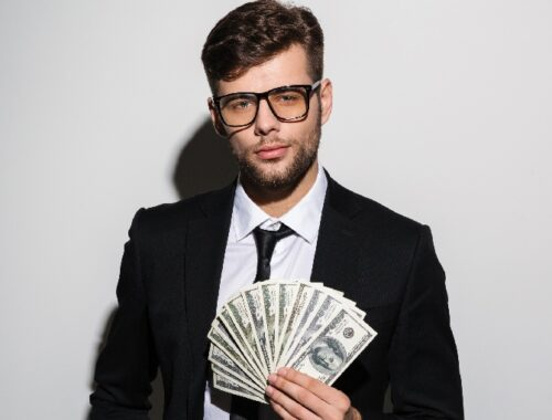5 Habits Will Make You Millionaire by The Age of 25
