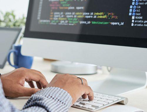 10 Essential Key to Become a Software Developer