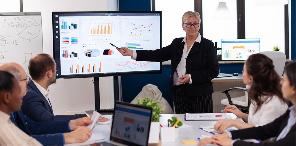 Top 15 Presentation Software To Attract Your Audience