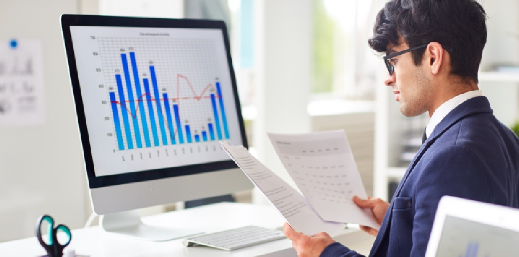 How to Become A Successful Data Analyst? Here's A Guide for You