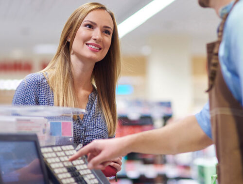 15 Effective and Creative Ways to Bring in Local Customers