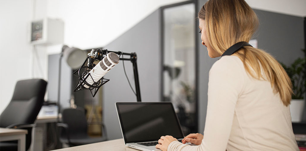 8 Types of Podcasts for Audio Content Marketing